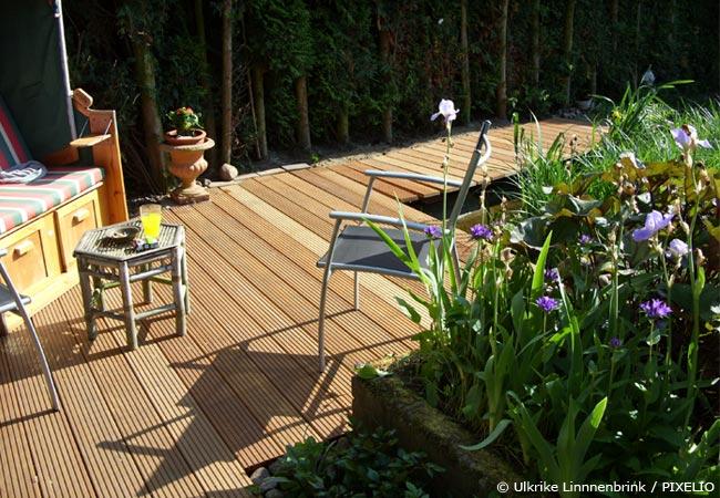 Holzterrasse bauen: Tipps und Hinweise für die Traumterrasse ...