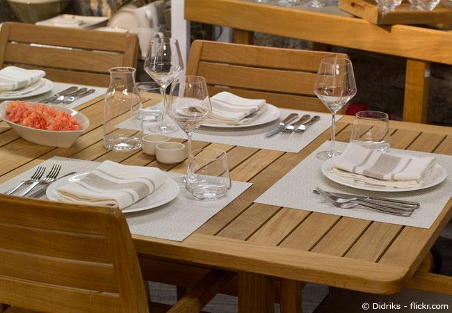 Gartenmobel Gebraucht Munchen : Mit der richtigen Teakholz Pflege sehen die Gartenmöbel lange wie neu