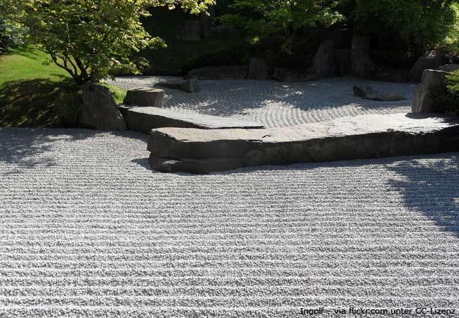 Atemberaubend Japanischer Garten anlegen: Tipps für Pflanzen und Kies - Garten @HK_52