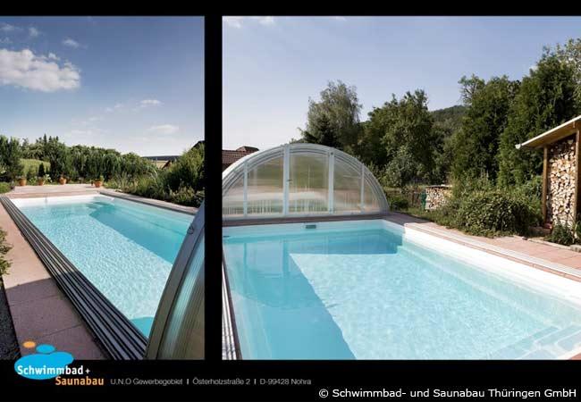 Ein rechteckig geformter Pool