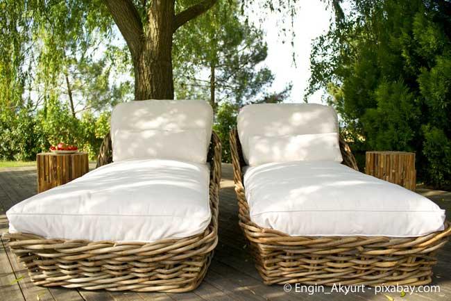 Gemütliche Lounge Möbel mit bequemen Auflagen sind voll im Trend!