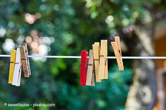 Meiden Sie unbedingt die pralle Sonne beim Aufhängen Ihrer Wäsche!
