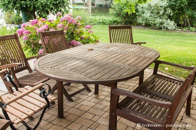 Nach dem Winter ist es dringend an der Zeit, Ihre Gartenmöbel frühlingsfit zu machen